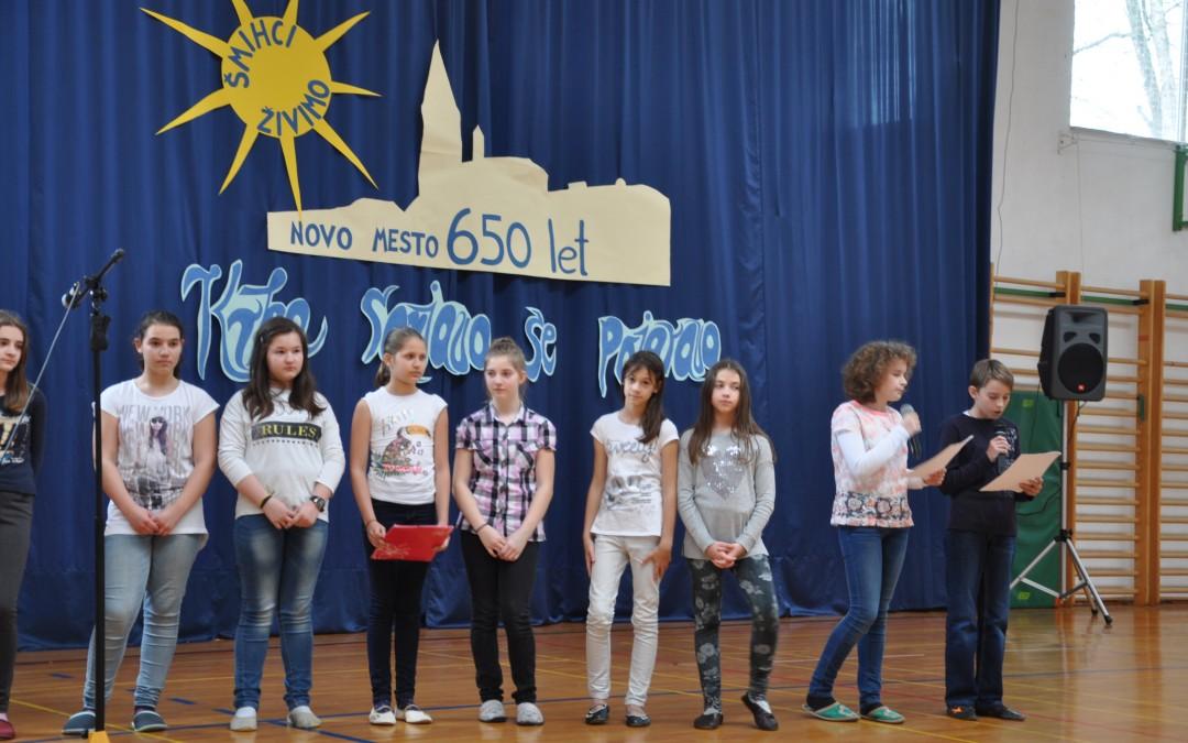Prireditev ob zaključku šolskega projekta Šmihci živimo Novo mesto