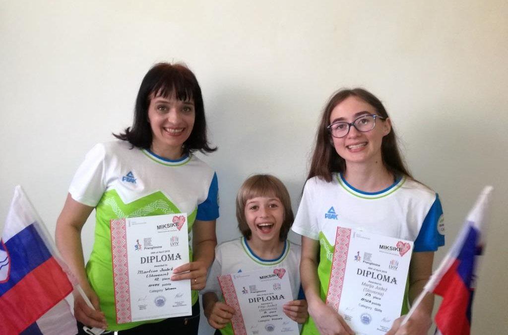 Filip, Marija in Martina Judež v Ukrajini na meddržavnem tekmovanju v hitrem računanju
